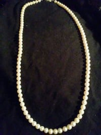 white beaded necklace cultured pearls Franklin, 03062