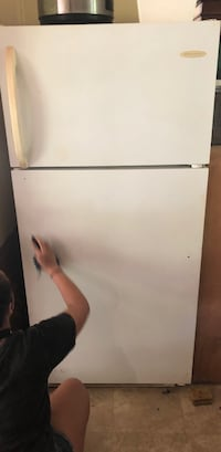 Perfectly good working fridge. Must come pick up   Rome, 30161