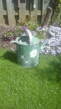 ANTIQUE Metal Watering Can   Courtice, L1E 2W2