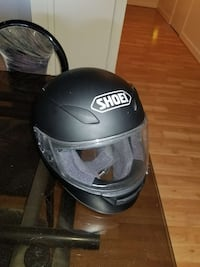 black Shoei full face helmet 35 km