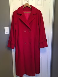 Wool lined ladies coat Richmond Hill, L4C 9L6
