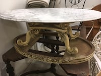 Marble table Crowley, 76036