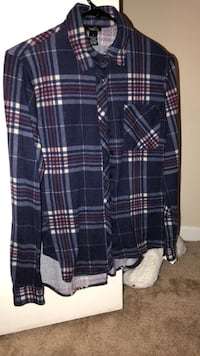 black, white, and red plaid sport shirt Knoxville, 37912