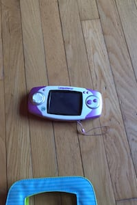 Portable game console leap frog