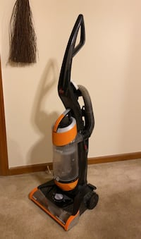 Bissell CleanView Bagless Upright Vacuum OnePass Technology,corded Virginia Beach, 23455
