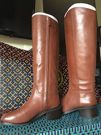 Tory Burch size 8.5 new in box Los Angeles, 91335