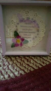white and pink floral wall decor 415 mi