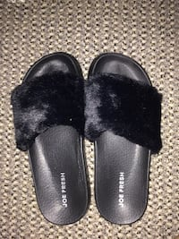 Women's small fuzzy shoes Calgary, T2V