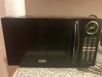 Microwave — for pickup on 8/27 New York, 10016