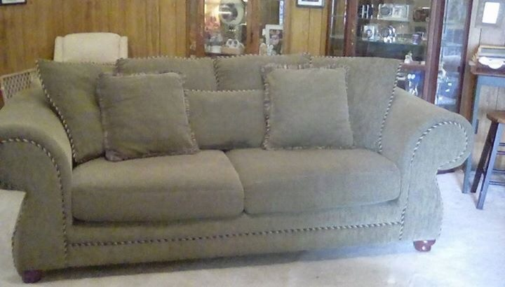 Ordinaire Hillcraft Furniture Company Olive Green Sofa