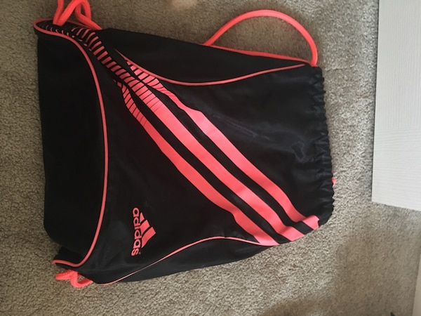89a57ade1b Used Black and pink adidas drawstring bag for sale in Edmonton - letgo