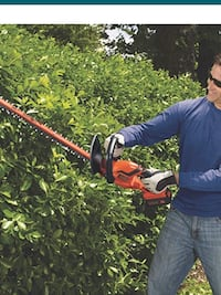 Black& Decker LHT 2436 24-inches 40-Volt Cordless Hedge Trimmer. Price is firm. Almost New Houston, 77055