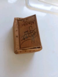 """Old Wooden Guitar Pick Box 3"""" x 2"""" PENDING Smithland, 42081"""