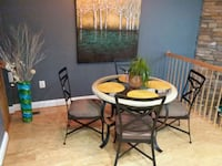 round glass top table with four chairs dining set Owings Mills, 21117