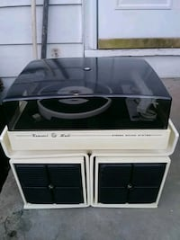 Vintage 70s Concert Hall Record Player  Cleveland, 44130