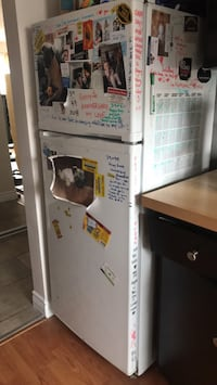 Fridge apartment size Edmonton, T5P 1T5