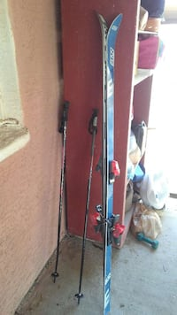 blue and black snow skis Chandler, 85225