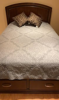 Double size bed and almost new mattress Markham, L3T 4P4