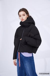 Dezoee Fashion: Black Short Women Winter Down Coat TORONTO
