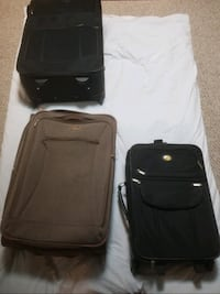 Set of 3 Suitcases CALGARY