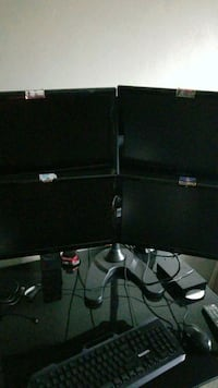 4 pc monitors with stand Virginia Beach, 23451