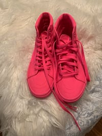 All pink vans Conway, 72034