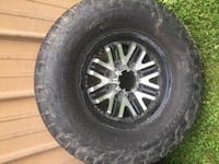 tires & wheels for sale - 305/70R17 Cincinnati