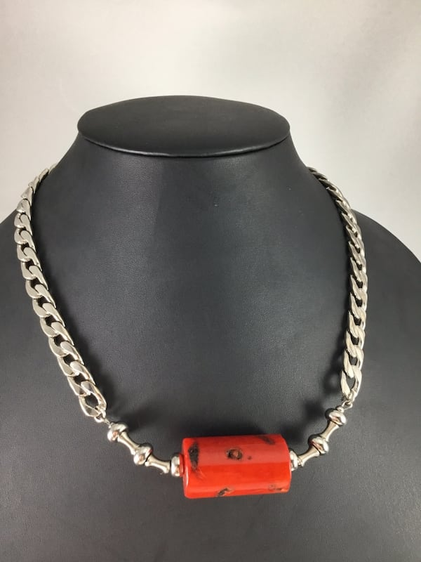 """Stainless Steel Cuban Curb Chain Necklace Red Dyed Coral bead 22.5"""" 8aaac9a8-6536-44f4-bf06-09eca35d5cb4"""