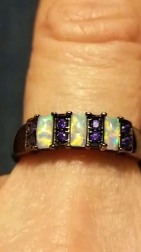 New black gold filled white opal ring size 8