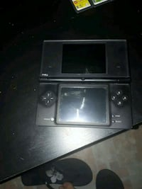 black Nintendo DS with game cartridge Guelph, N1E 2H9