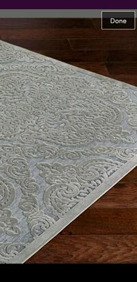 white and gray floral area rug Mississauga, L5J 4E6