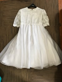 Plus size youth girls white long-sleeved dress - size 20 kids New Tecumseth, L9R 1E5