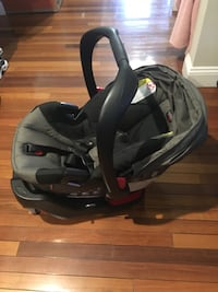 Britax B-Safe 35 infant car seat w/base Silver Spring, 20904