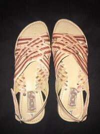 Beige and brown sandals  Fresno, 93705
