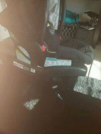 black and gray baby chair 2277 mi