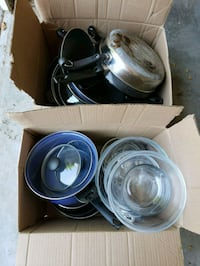 Free pots and pans (pick up today only) Manhattan, 66502