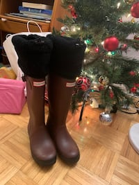 Hunter shearling boots limited edition size 6  Toronto, M4V 1Z6
