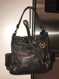 Real Leather Michael Kors black bag Laval, H7M 2E8