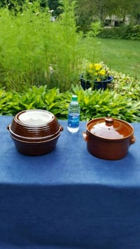 Vintage kitchen casserole and bean pots..See info. Minnetonka, 55345