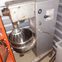 Mixer 30Q in good condition  Oxon Hill