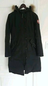 Women or Girls Canada Goose Parka Mississauga, L4Y 2B5