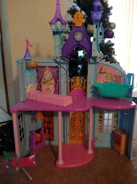 Disney princess castle Muskego, 53150