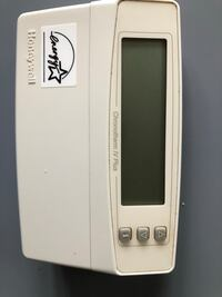 Thermostat- Honeywell Programmable, in good working condition Centreville, 20121