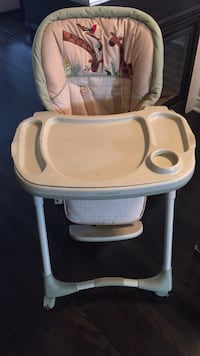 baby's white and gray high chair Brampton, L6V 0Y4