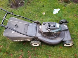 Lawnmower  craftsman with gas