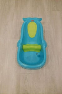 Fisher price baby bathtub Markham, L6E 2E4