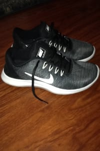 Nike cross Trainer size 8 1/2 Anchorage, 99508