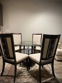 Beautiful Dining table with 4 chair  Houston, 77007