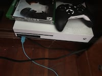 White xbox one console with controller Long Beach, 90813