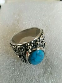 silver-colored and blue gemstone ring Hialeah, 33010